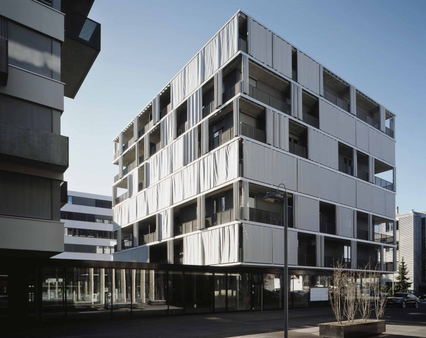 exterior curtain as solar shading in zurich by agps 306