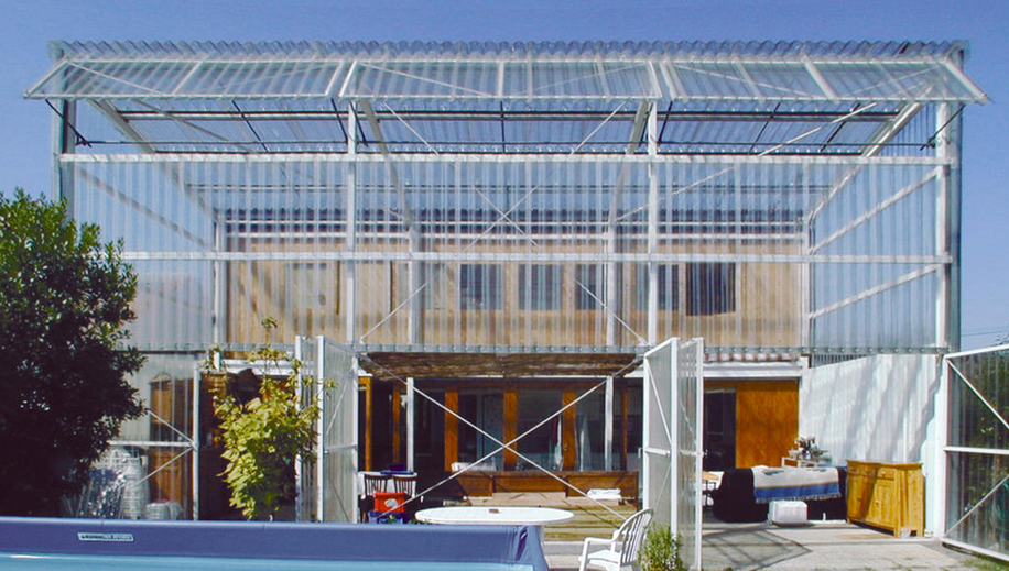 Greenhouse in east facade of Maison Latapie [302] | filt3rs
