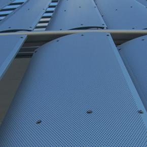 Link: Big pivoting microperforated shutters [375]